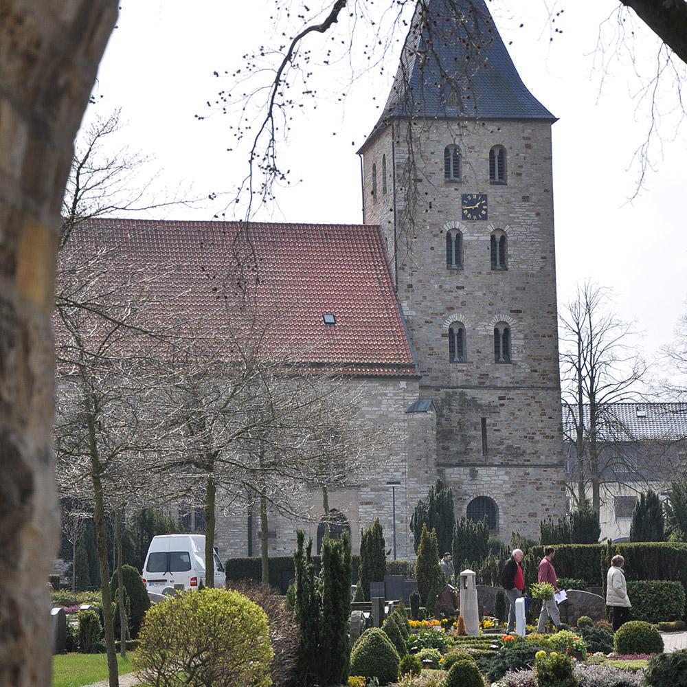 Sterbefall - Kirche in Elsen - Berens Bestattungen